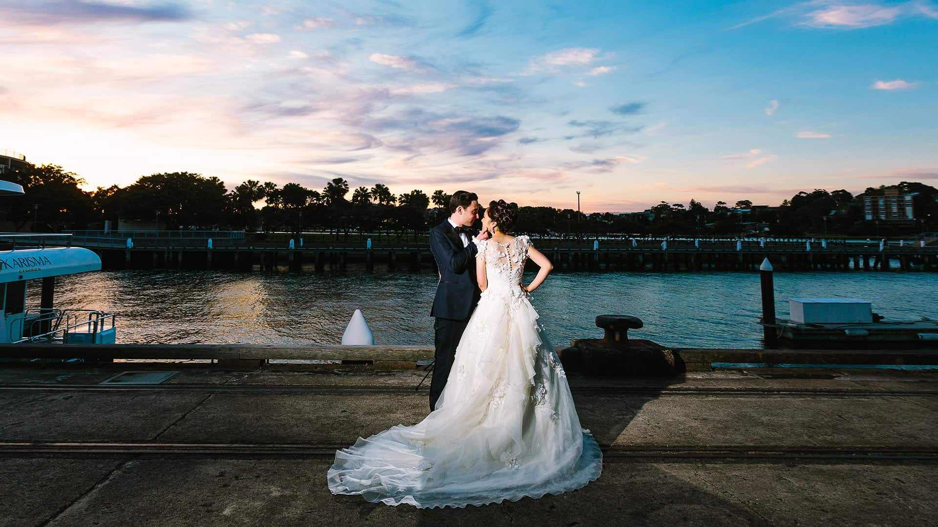 bridal photo taken at sunset on the finger wharf